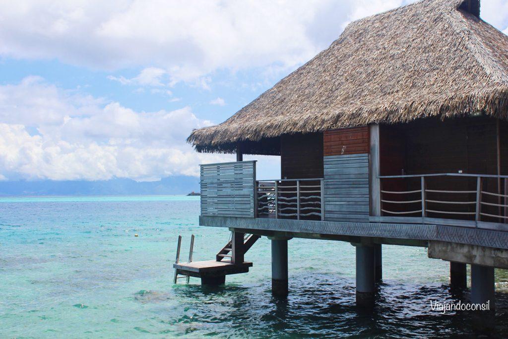 Espectacular-bungalow-sobre-la-laguna