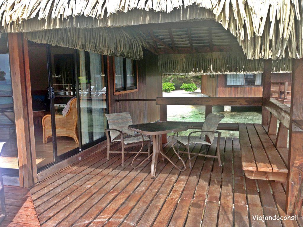 Deck hotel en Huahine