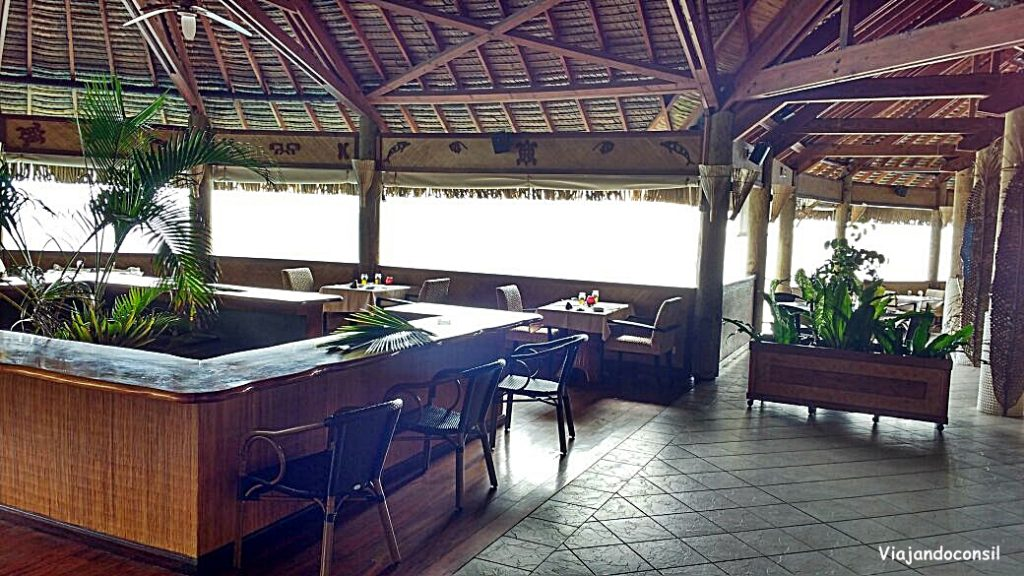 Restaurante del hotel Royal Huhine