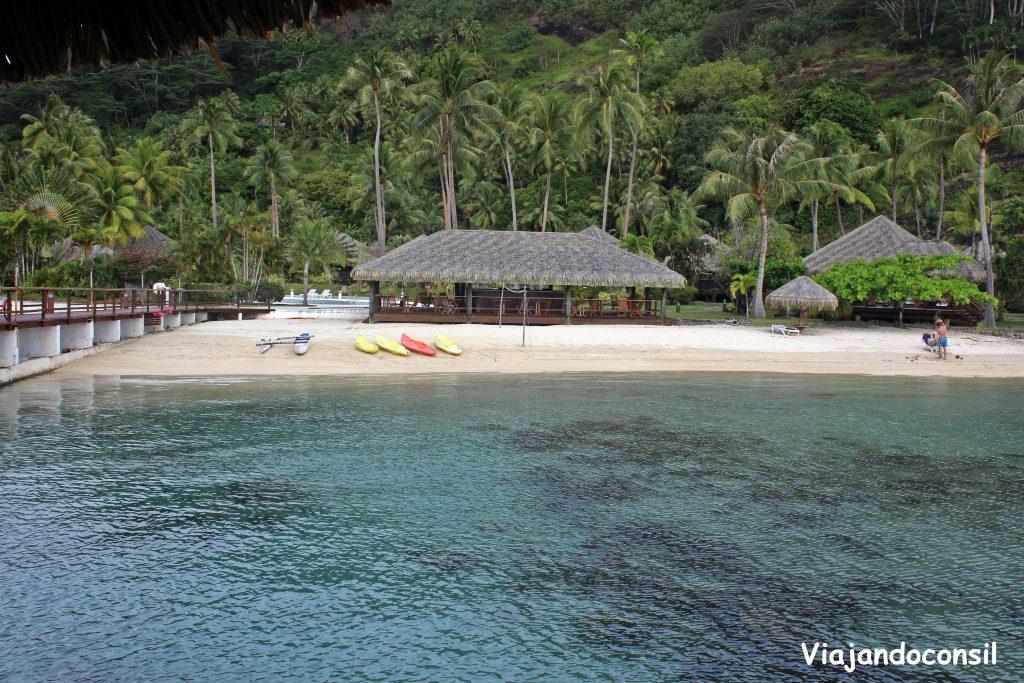 Playa en Huahine