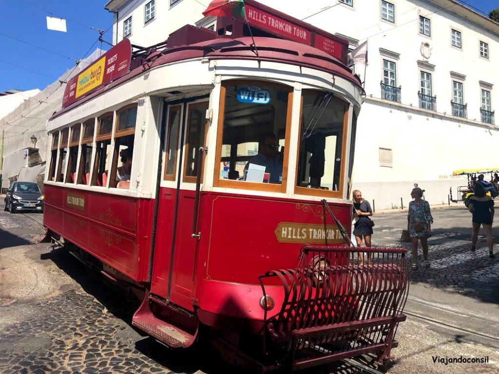 Tranvía turístico en Lisboa