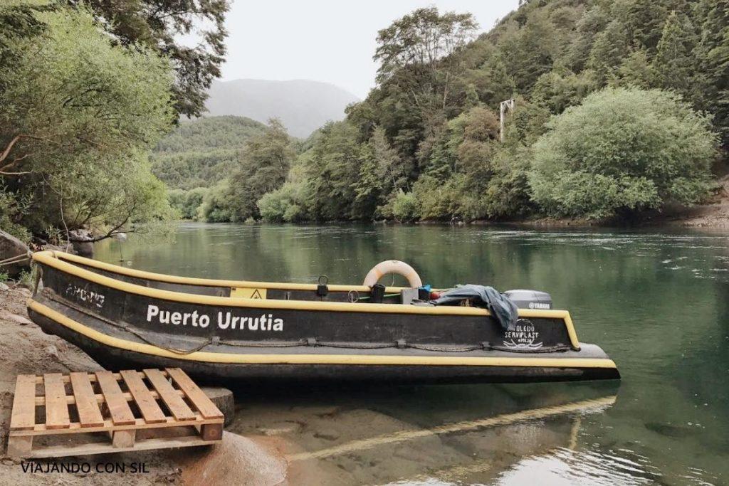 bote para cruzar el rio manso