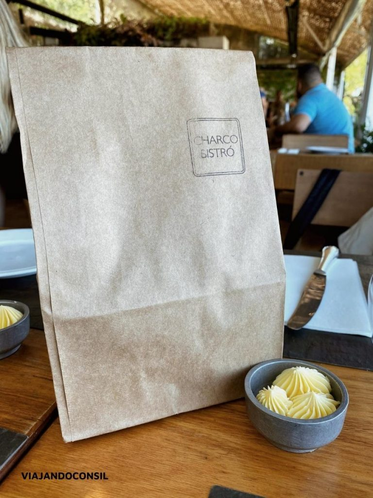 bolsa de papel con pan