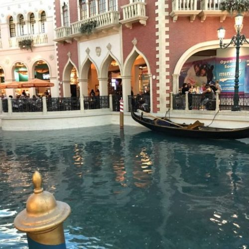 Shopping Grand Canals
