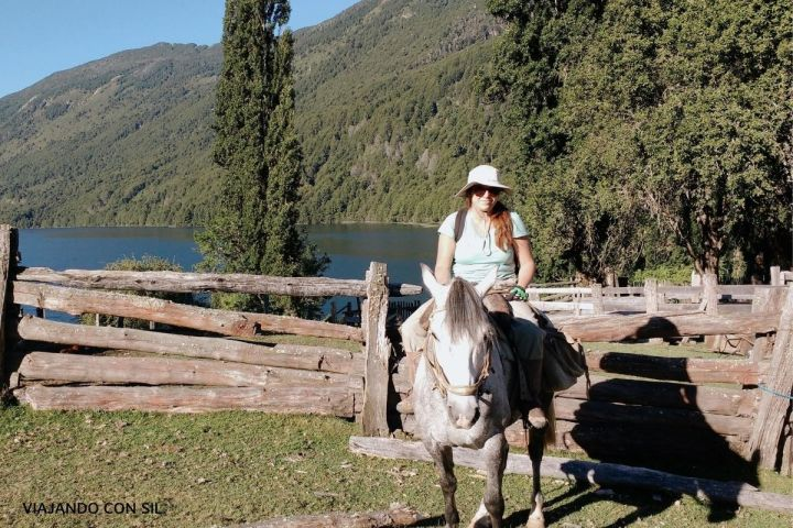 Cabalgata por el lago Vidal Goramz